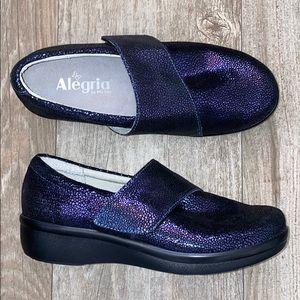 NWOB Alegria Lau Pebbled Leather Nurses Shoe